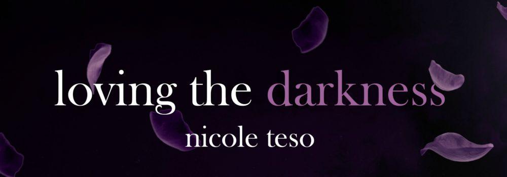 copertina-ufficiale-loving-the-darkness (1)